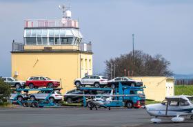 Škodovky na letišti v Hradci Králové