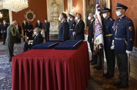 Prezident Miloš Zeman jmenuje nové generály