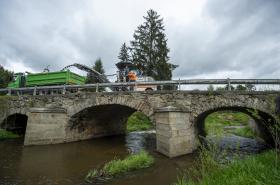 Kamenný most přes Polečnici