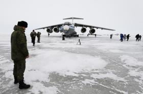 Rusko opravuje staré sovětské základny v Arktidě