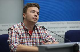 Raman Pratasevič na pondělní tiskové konferenci