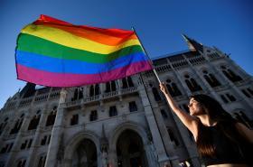 Snímek z protestu komunity LGBT v Budapešti