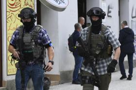 Zásah policistů v Praze na Vinohradech