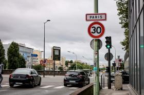 Omezení rychlosti na pařížských silnicích