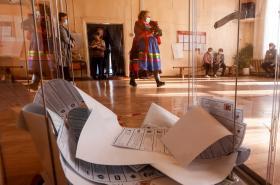 Volební místnost ve vesnici Bolšoj Kunalej v Burjatsku