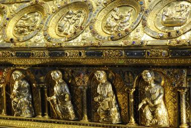 Bečov si připomíná 30 let od znovuobjevení relikviáře svatého Maura