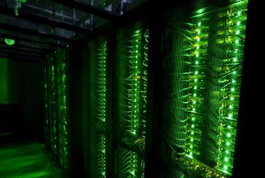 Světový primát: Olomoučtí vědci kontrolovaně teleportovali kvantové bity