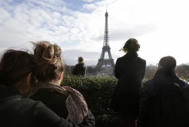 Minuta ticha za oběti pařížských útoků