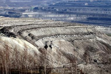 Vláda vzala na vědomí nesouhlas ministerstva životního prostředí s rozšířením dolu Turów