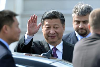 Zemanovi poblahopřáli Fico, Putin i Si Ťin-pching. Kiska ho pozval na Slovensko
