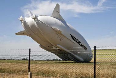 Airlander 10 měl nehodu