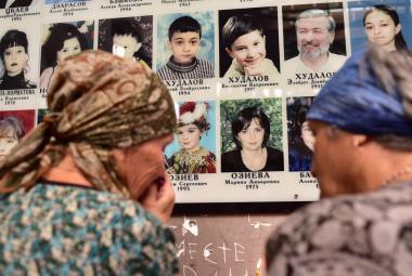 Od masakru v Beslanu uplynulo 15 let. Pozůstalí se dodnes dožadují celé pravdy