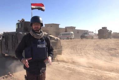 Zpravodaj ČT Jakub Szántó sleduje mosulskou ofenzivu přímo z místa