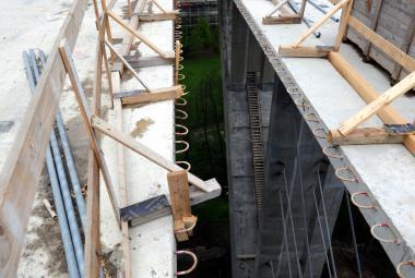 Stavba Opárenského mostu