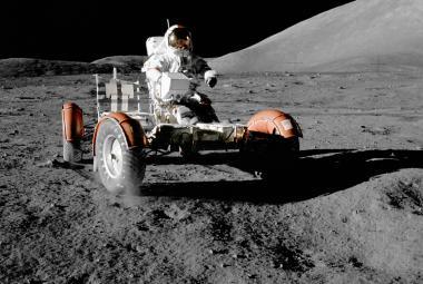 Eugene Cernan na Měsíci v roce 1972