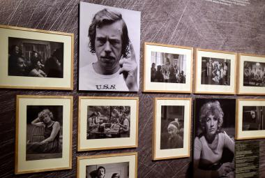 Národní galerie vypráví příběh Charty 77. Průvodcem je osud Magora Jirouse