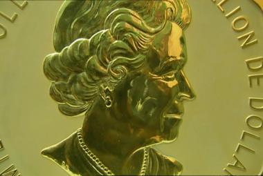 Zloději v Berlíně ukradli zlatou minci. Váží sto kilo a může stát sto milionů korun