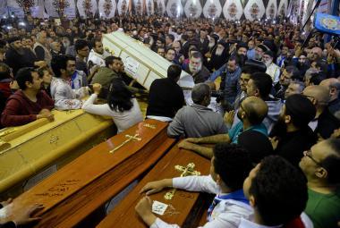 Egypťané oplakávají oběti útoků