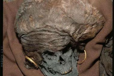 V Dánsku žila před 3300 roky žena, která mohla pocházet z území Čech
