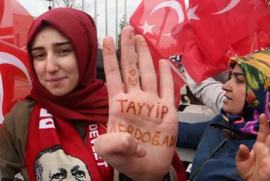 Stoupenkyně tureckého prezidenta