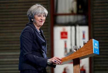 Premiérka Theresa Mayová
