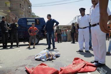 Útočník zabil v Egyptě dvě turisty a zranil i Češku