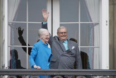 Královna Margrethe II. s princem Henrikem
