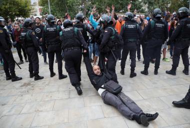 Policejní zásah v obci Sant Julia de Ramis