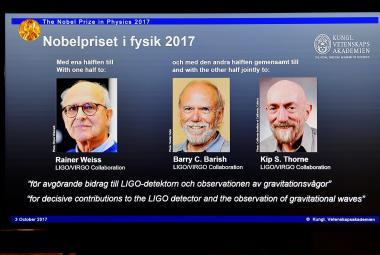 """Nobelovu cenu za fyziku dostali objevitelé gravitačních vln. Zaslechli """"soundtrack vesmíru"""""""