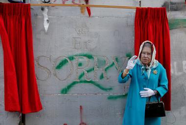 Banksy se omluvil Palestincům za Balfourovu deklaraci