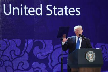 Projev Donalda Trumpa na summitu APEC ve Vietnamu