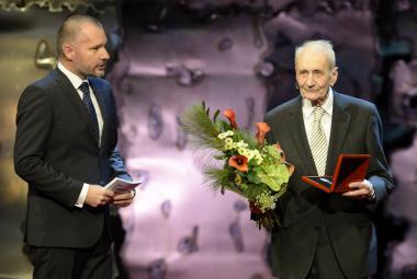 Ceny Paměti národa dostali tři političtí vězni a muž perzekvovaný kvůli židovskému původu