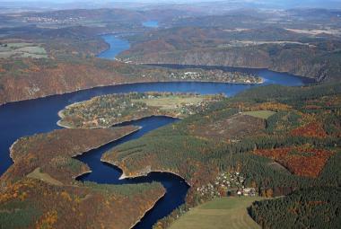 Důkaz o klimatické změně v Česku leží ve vodních nádržích, ukazují hydrobiologové
