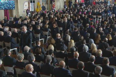 Část politiků opustila Vladislavský sál