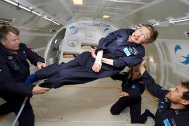 Týden ve vědě: Od plánu cesty na Mars po úmrtí Stephena Hawkinga