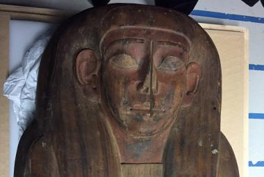 V rakvi považované za prázdnou našli poškozenou mumii. Vědě pomůže víc než zachovalá
