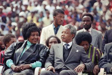 Winnie Madikizelaová-Mandelová a Nelson Mandela