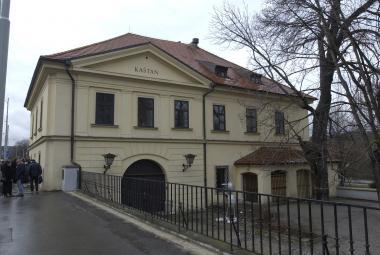 Budova někdejšího zájezdního hostince U Kaštanu