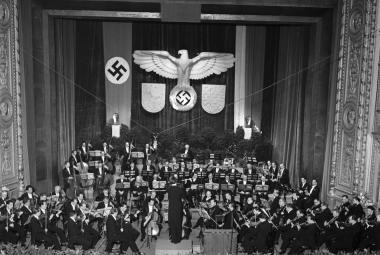 Koncert České filharmonie v Národním divadle,1943