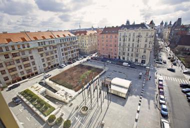 Forman bude mít své náměstí. Praha po něm pojmenuje piazzettu před InterContinentalem