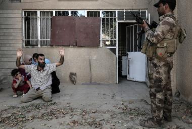 Dokumentaristka z Mosulu: Válka není jen dobro a zlo, je to šedá oblast, ve které se děje všechno