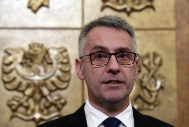 Ministr Metnar se omluvil za chybné citování. Rezignovat nehodlá