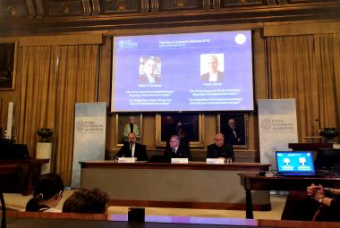 Nobelovu cenu za ekonomii získali Američané Nordhaus a Romer za analýzy klimatických změn a inovací