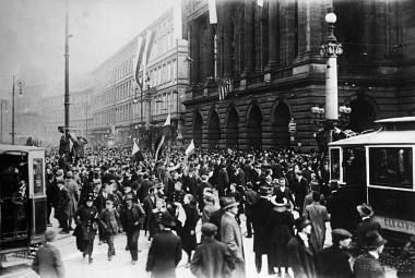 Od revoluce shora k revoluci zdola aneb Jak Češi zjistili, že už nechtějí být Rakušany