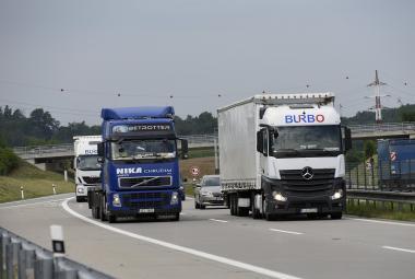 Předjíždění na dálnici