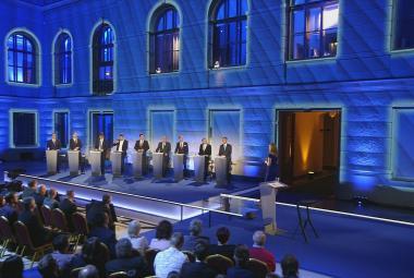 Jak řešit dvojí kvalitu potravin? Předsedové stran diskutovali před volbami do europarlamentu