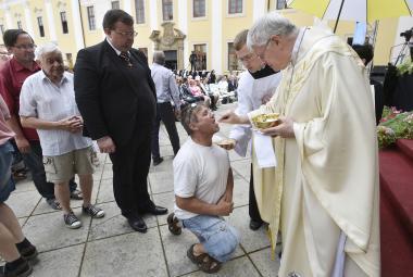 Cyril a Metoděj ze sebe vydali to nejlepší, řekl na Velehradě apoštolský nuncius