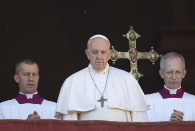 Papež František: Ve vztazích a konfliktech vládne temnota, Kristovo světlo je ale jasnější