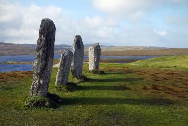 Kamenný kruh na Hebridách mohl přivolávat blesky, ukázal archeologický objev