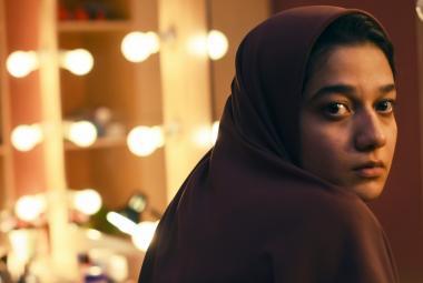 Recenze: V íránské filmové reality show se hraje o život